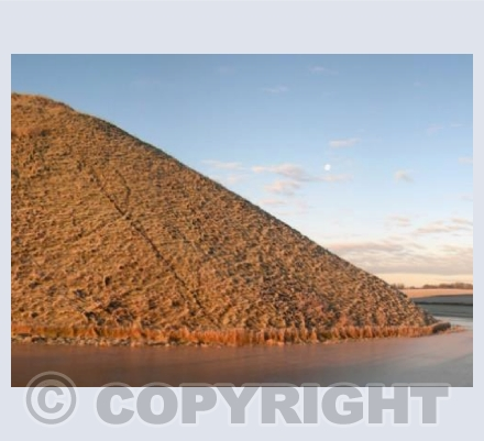 Silbury Sunrise Pyramid